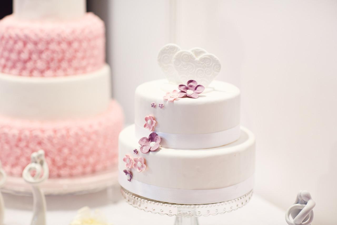 gusti wedding cake 2
